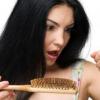 Алопеция у женщин — что делать с волосами?