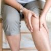 Боли в коленном суставе: лечение народными методами и средствами