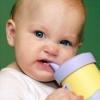 Что делать если у ребенка режутся зубы?