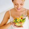 Что можно и нельзя есть кормящей маме: список продуктов