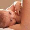 Что пить кормящей маме для увеличения лактации