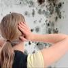 Как избавиться от плесени на стенах и потолке в ванной комнате?