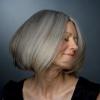 Как красить седые волосы, и стоит ли это делать?