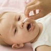 Как лечить сильный насморк у ребенка