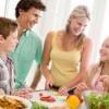 Как правильно и здорово питаться детям и подросткам?