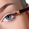 Как правильно красить глаза карандашом?