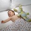 Как приучить ребенка спать в своей кроватке? Полезные советы и маленькие хитрости