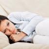 Как происходит выкидыш на ранних сроках: первые признаки и причины самопроизвольного прерывания беременности