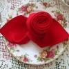 Как сделать розы своими руками из салфеток: мастер-класс для начинающих