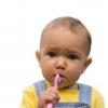 Как ухаживать за зубами ребенка