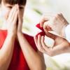 Какое кольцо дарят, когда делают предложение? Как выбрать помолвочное колечко?