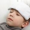 Какую температуру надо сбивать у грудного малыша, ребенка до года, в 3 года? Что советует Комаровский и другие врачи?