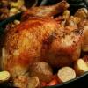 Курица в рукаве: рецепты. Как приготовить сочную курицу в рукаве?