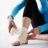 Лечение растяжения связок, суставов