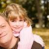 Мать или отец воспитание дочери