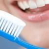Можно ли использовать перекись водорода для отбеливания зубов?