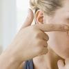От чего появляются прыщи на лице: причины у женщин и мужчин