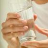 Первая помощь при пищевом отравлении должна быть оказана своевременно