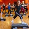 Популярные фитнес упражнения. Подробное видео.