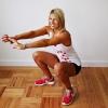 Программа приседаний на 30 дней для девушек: варианты упражнений и техника их выполнения