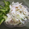 Салат с кальмарами и яйцом. Простые рецепты на каждый день и изысканные – для праздничного стола
