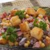 Салат с кукурузой и сухариками: рецепт. Как приготовить салат с курицей и сухариками?