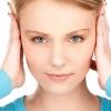 Шум в ухе: основные причины. Шум в ушах: грамотное лечение