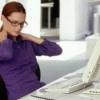 Сидячая работа – болит спина, шея. Про вред сидячей работы