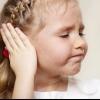 Заложило ухо и шумит в голове – что делать? Какие причины вызывают заложенность в ушах?