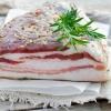 Засолка сала в домашних условиях: классические рецепты приготовления шпика в рассоле и сухим способом в банке